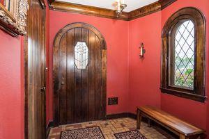 018-Dining_Room-4754557-medium.jpg334 S Ludington St Photo 6
