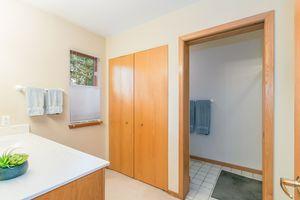 Master Bathroom615 HIGHLAND RD Photo 29