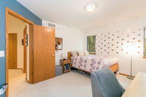 Bedroom615 HIGHLAND RD Photo 34