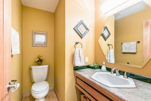 Bathroom615 HIGHLAND RD Photo 39
