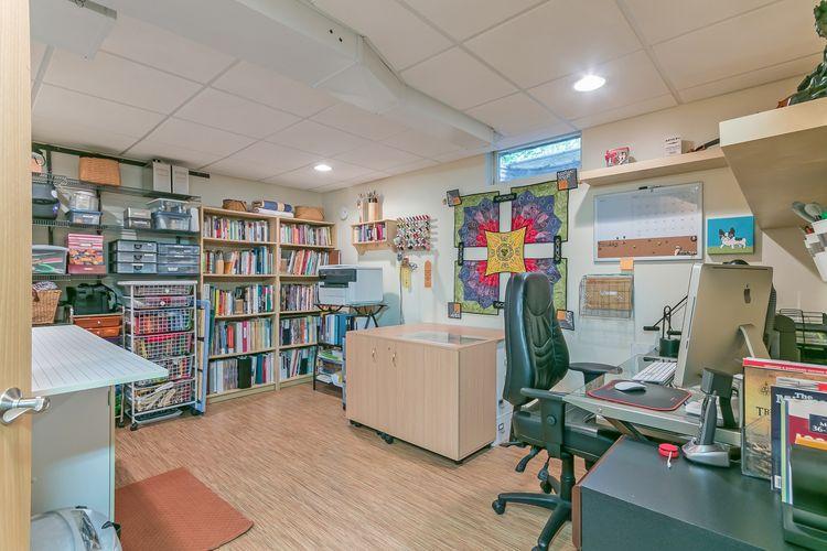 Office Photo #42