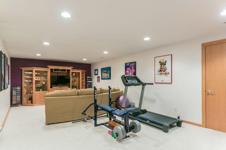 Recreation Room Photo #44