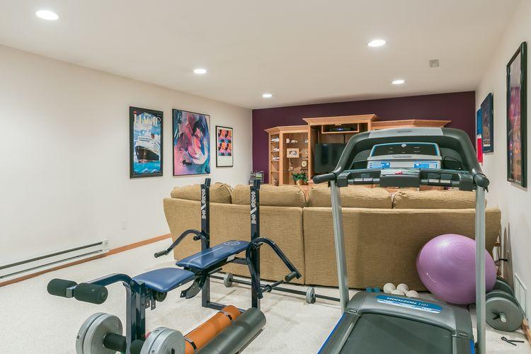 Recreation Room Photo #45