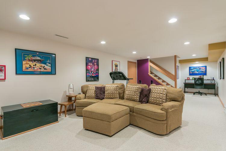 Recreation Room Photo #47