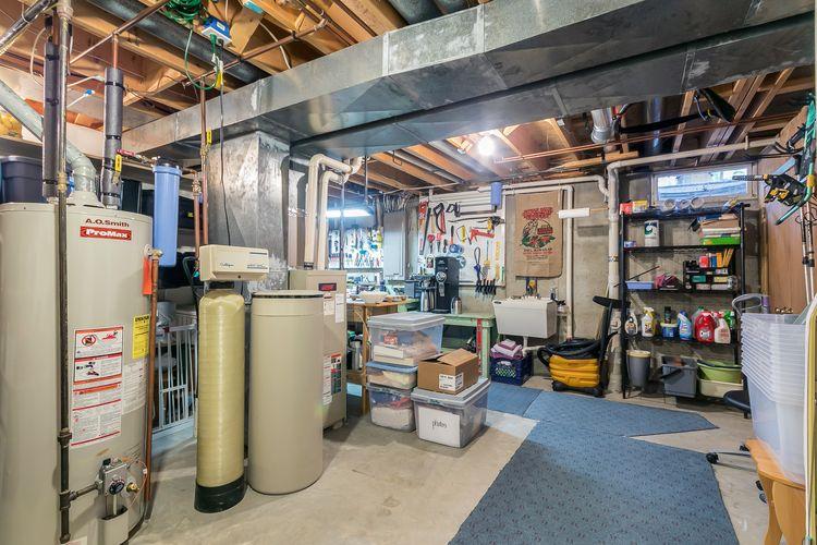 Work Shop / Utility Photo #50