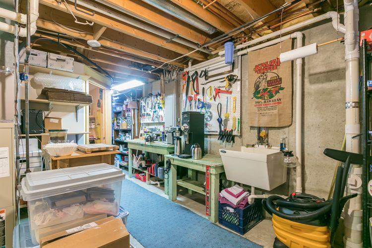 Work Shop / Utility Photo #51