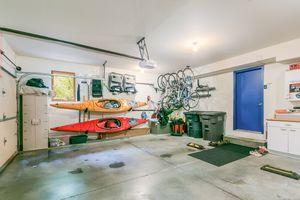 Garage615 HIGHLAND RD Photo 55