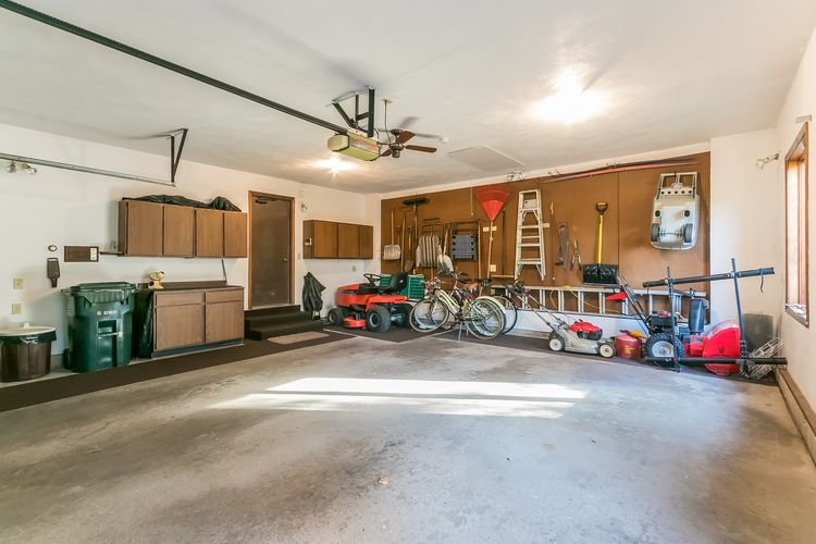 Garage Photo #55