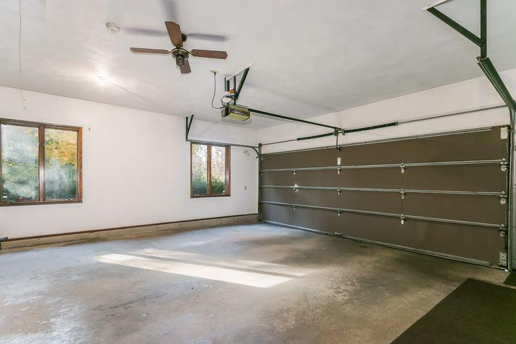 Garage Photo #57