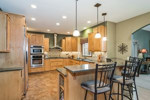 Kitchen891 EDDINGTON DR Photo 22