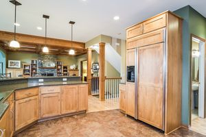 Kitchen891 EDDINGTON DR Photo 23