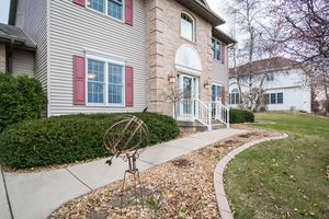 Front View891 EDDINGTON DR Photo 3