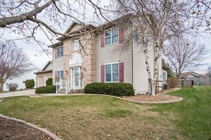Front View891 EDDINGTON DR Photo 4