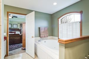 Bathroom891 EDDINGTON DR Photo 52