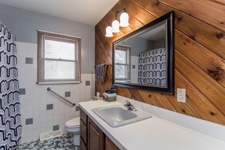 Bathroom Photo #21
