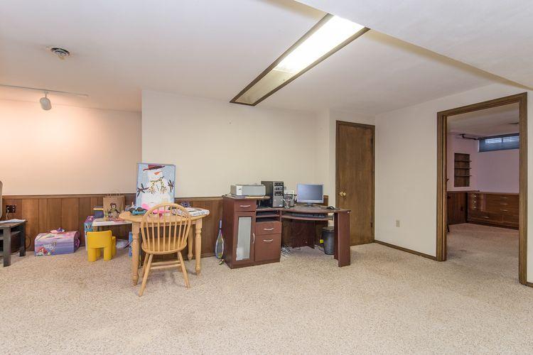 Office Photo #23