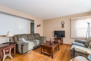 Living Room5748 THRUSH LN Photo 5