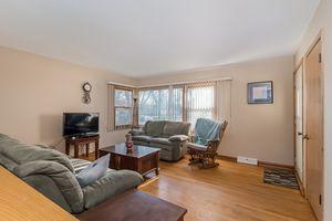 Living Room5748 THRUSH LN Photo 8
