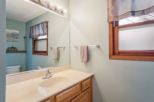 Bathroom1333 Holtan Rd Photo 17