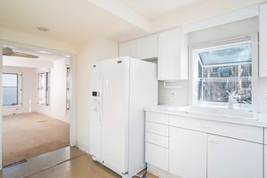 Kitchen2048 Barber Dr Photo 10