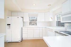 Kitchen2048 Barber Dr Photo 11