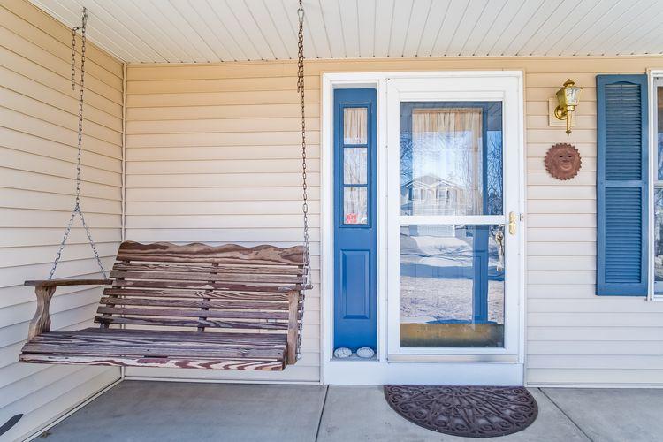 Front Entrance Photo #25