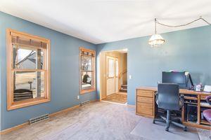 Living Room5709 BELLOWS CIR Photo 3