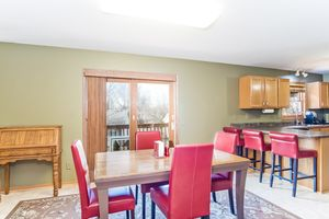 Living Room5709 BELLOWS CIR Photo 6