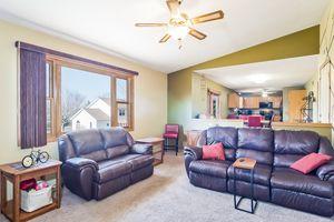 Family Room5709 BELLOWS CIR Photo 9