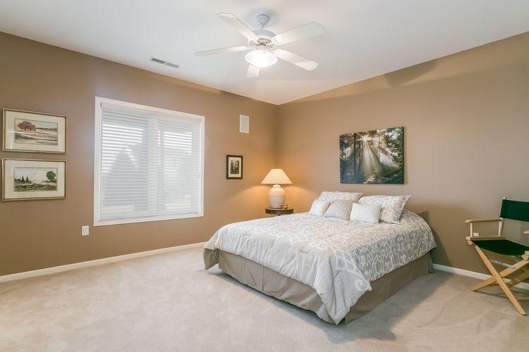 Bedroom Photo #45