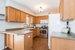 Kitchen336 VORNDRAN DR Photo 12