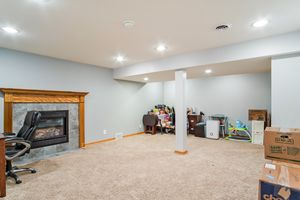 Family Room336 VORNDRAN DR Photo 27