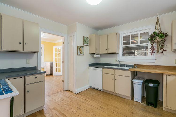 Kitchen Photo #35
