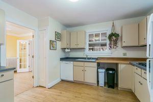Living Room620 SHELDON ST Photo 36