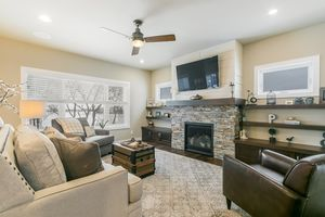 Living Room9310 WILRICH ST Photo 11