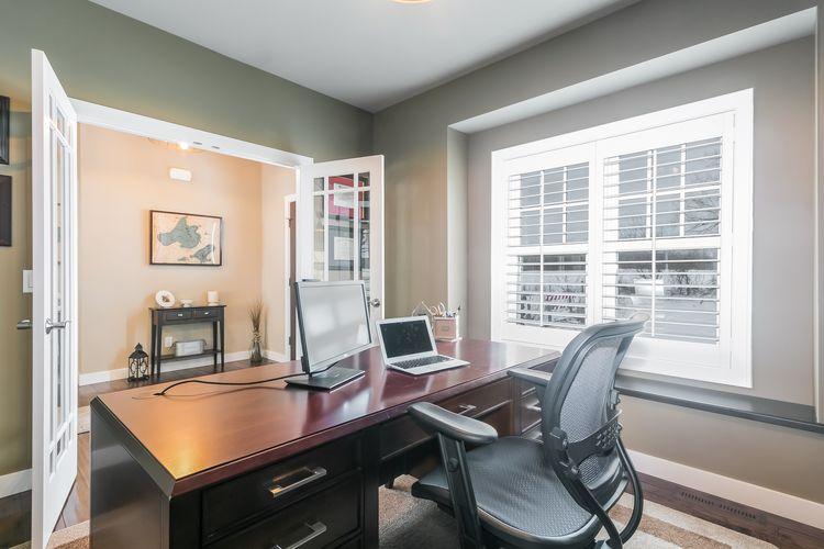Office Photo #25