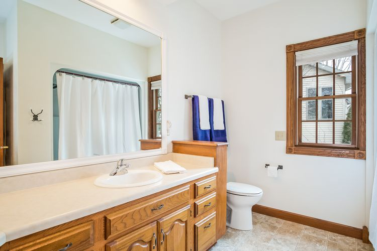 Master Bathroom Photo #21