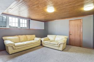 Family Room742 NORTH STAR DR Photo 19