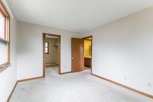 Master Bedroom1105 Glendale Ln Photo 12
