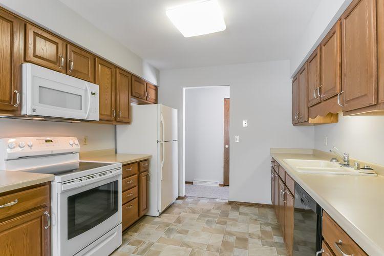 Kitchen Photo #26