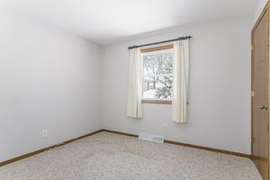 Bedroom5101 TRAFALGER PL Photo 29