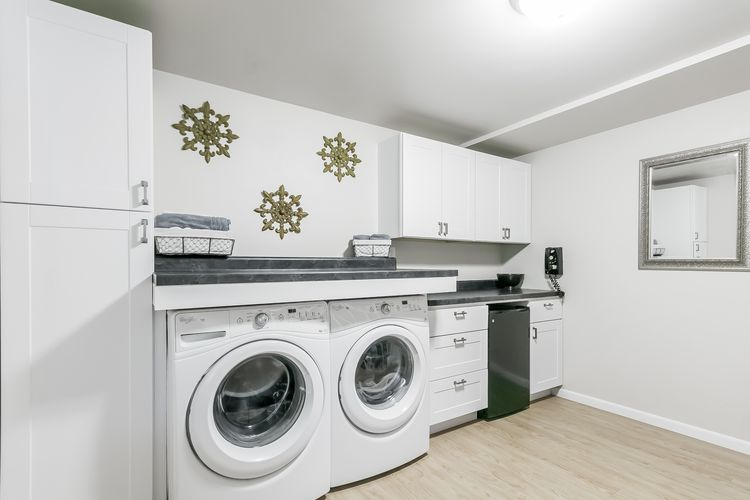 Laundry Room Photo #47