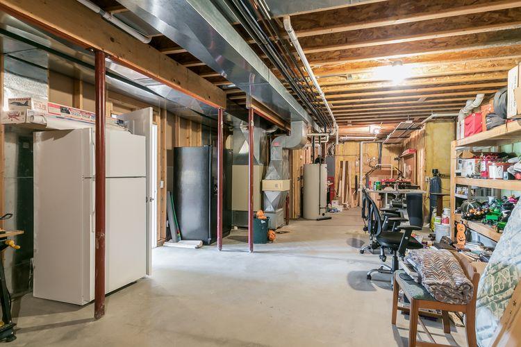 Garage Photo #75