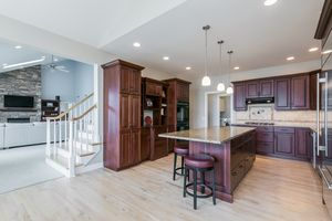 Kitchen5760 DAWLEY DR Photo 8