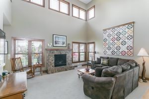 Living Room802 CALLISTO DR Photo 29