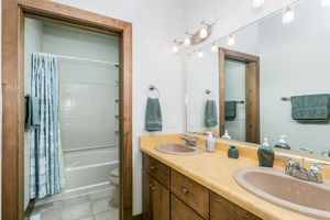 Bathroom802 CALLISTO DR Photo 47