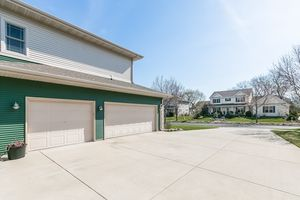Garage802 CALLISTO DR Photo 57