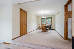 1709 WOODVALE DR Photo #7