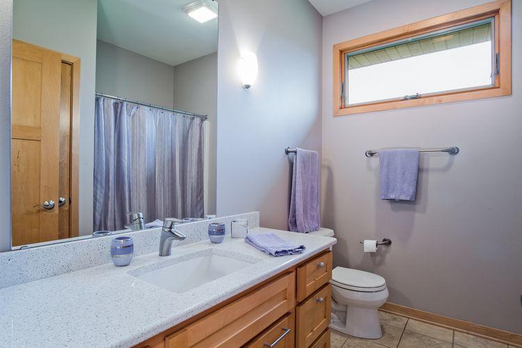 Bathroom Photo #34