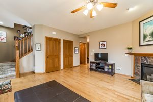 Spacious! 2513 LEOPOLD WAY Photo 11